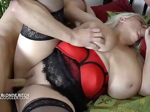 Gigantic tits mature Sammi Sanders pounding two dudes