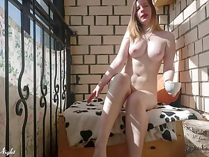 Girl is Voluptuously Fingering her Cooch in the Morning - Homemade
